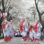 民踊パレードの様子
