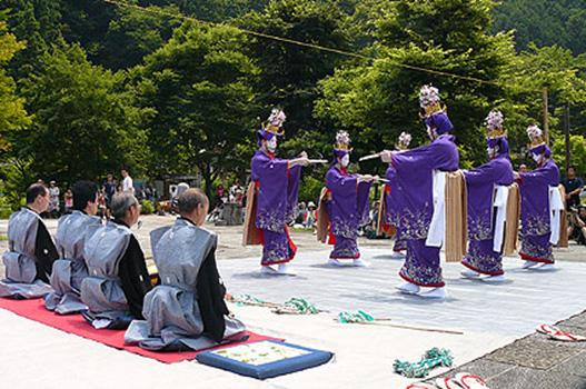 小河内の鹿島踊り(国指定無形民俗文化財)